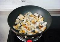 大蒜燉魚塊的做法圖解5