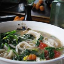 野菜熱湯麵