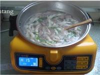 平菇肉片湯的做法圖解8