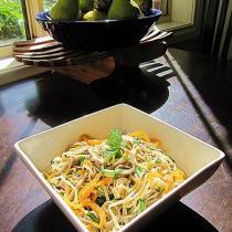 金針菇海蜇拌蕎麥麵