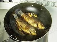 紅燒鯽魚的做法圖解8
