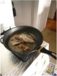 三文魚頭豆腐湯的做法圖解5