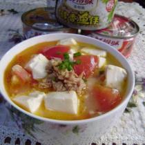 金槍魚番茄豆腐湯