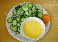 黃瓜炒雞蛋的做法圖解2