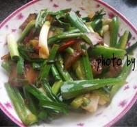 青椒蒜苗炒臘肉的做法圖解4