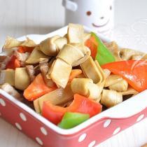 彩椒炒豆腐皮結的做法