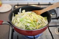 蒜苗鹽煎肉的做法圖解8