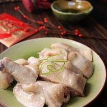 肥嫩鮮美白斬雞的做法