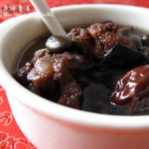 杜仲黑豆排骨湯的做法