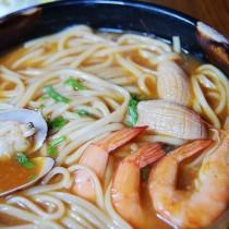 泰式海鮮麵