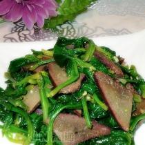 菠菜拌豬肝的做法