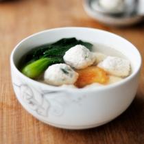 鮮蝦雞肉丸子湯