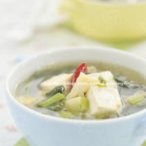 雪菜冬筍豆腐湯