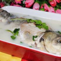 豆漿鯽魚湯的做法