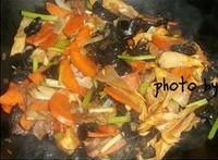 雜蔬臘腸蓋澆飯的做法圖解6