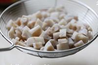 豆豉炒藕丁的做法圖解2