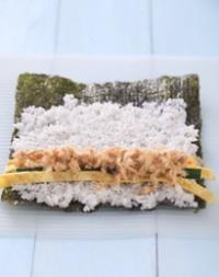 肉鬆壽司的做法圖解4