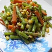 玉米香蝦拌豇豆的做法