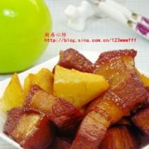 紅燒肉燉土豆的做法