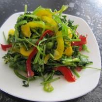 彩椒老虎菜的做法