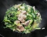 小白菜排骨湯的做法圖解5