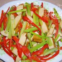 豆乾炒芹菜的做法