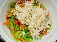 涼拌芹菜金針菇的做法圖解3