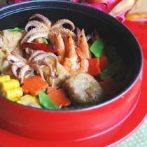 雙檔魷魚鮮蝦鍋的做法