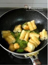 絲瓜燴油條的做法圖解4