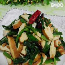 韭菜炒香乾的做法
