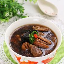 黃精胡桃牛肉湯