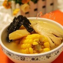甘蔗粟米煲雞湯