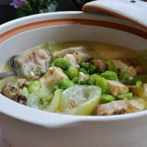 蠶豆米煮江鯰的做法