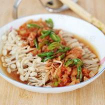 泡菜蒸金針菇的做法