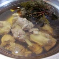 紅根排骨湯