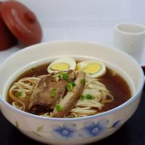 蘇式燜肉麵