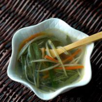 火腿蓴菜湯