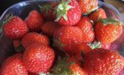 草莓奶昔的做法圖解1
