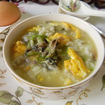 蠶豆花雞蛋粥