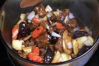 土豆燒牛肉的做法圖解6