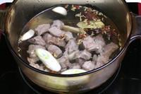 土豆燒牛肉的做法圖解3