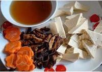 香菇燒豆腐的做法圖解1