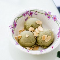 抹茶冰淇淋的做法