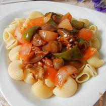 洋蔥雞胗義麵