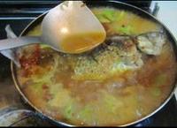 鯽魚燉萵苣的做法圖解12