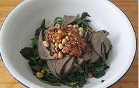 醬豬肝拌菠菜的做法圖解10