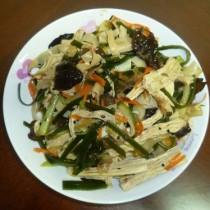 五彩繽紛拌雜菜的做法