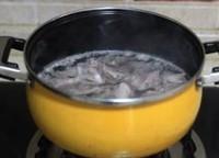 風味土豆絲炒排骨的做法圖解2