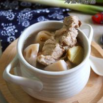 蓮藕腔骨湯的做法