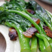 芥藍炒臘肉的做法